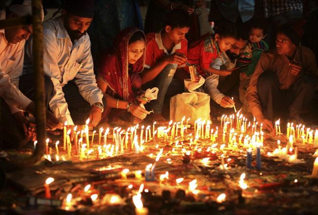 Diwali-Festival-1-608