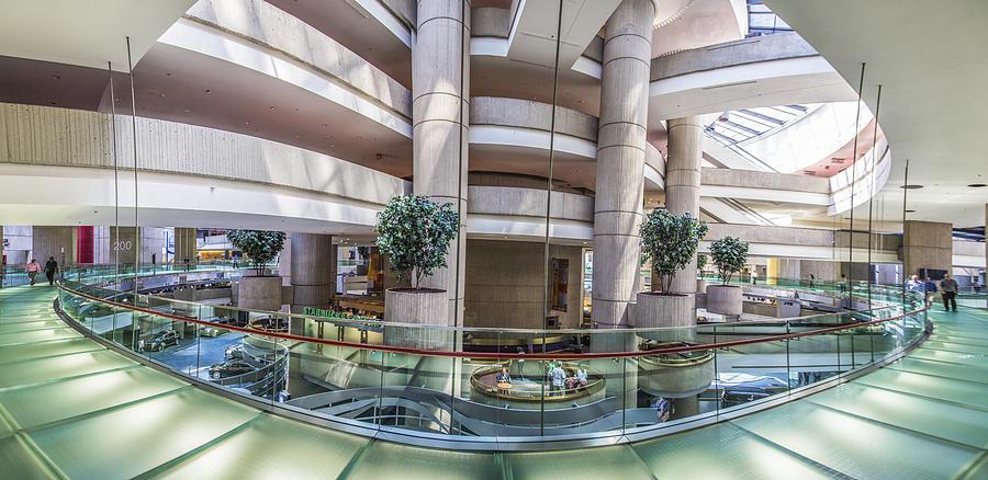 inside-the-renaissance-center-in-detroit-john-mcgraw