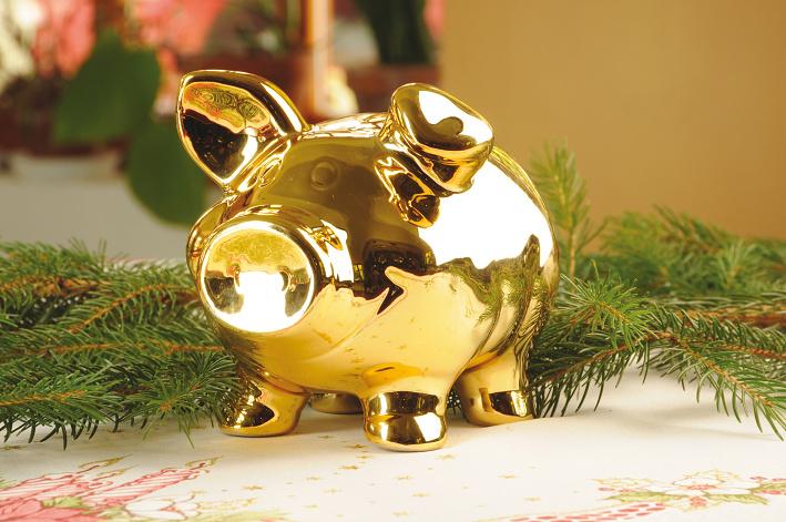 Golden-Pig-Christmas-Tradition-Czech-