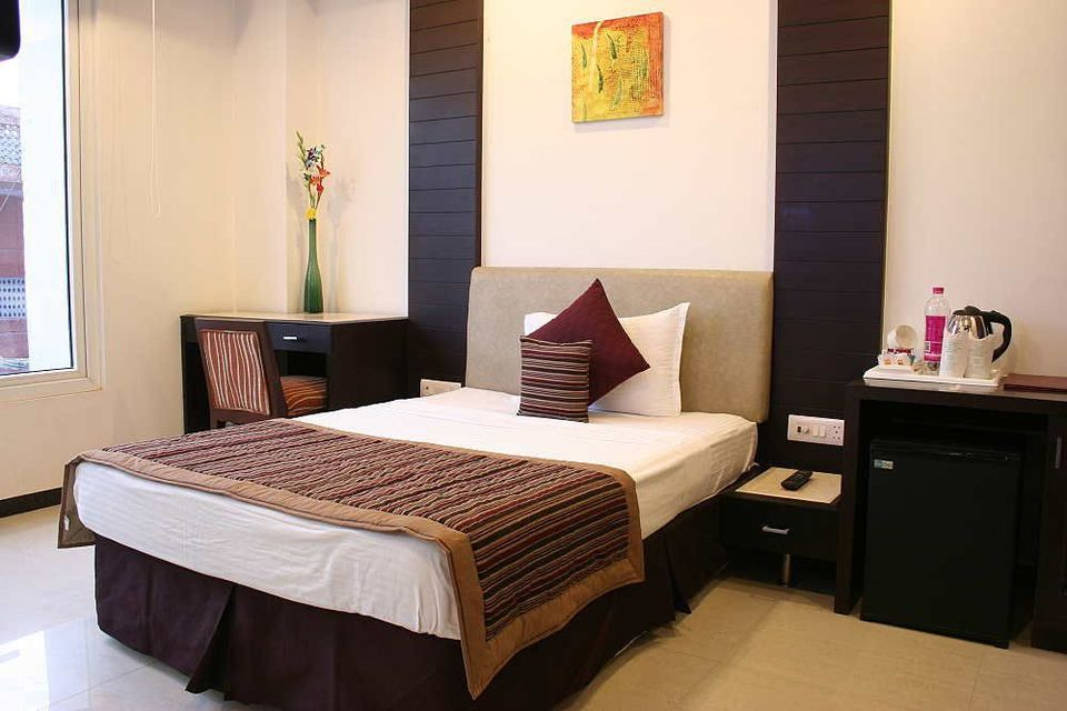 Stay in Budgetary hostels